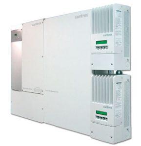 Schneider Electric сетевой инвертер с возможностью подключения аккумуляторных батарей.